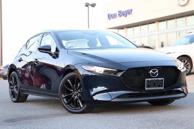 New 2019 Mazda3 Base w/Premium Package FWD 5D Hatchback