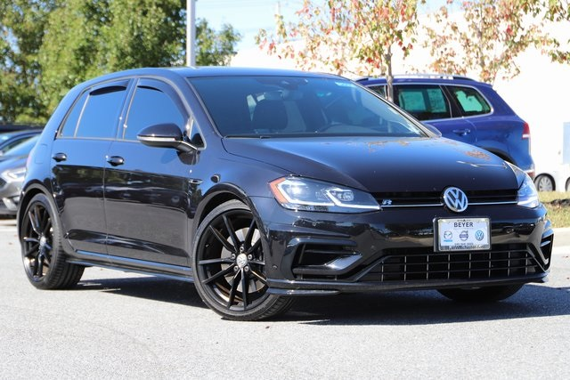 Pre-Owned 2019 Volkswagen Golf R DCC & Navigation 4Motion