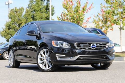 Pre-Owned 2016 Volvo S60 Inscription T5